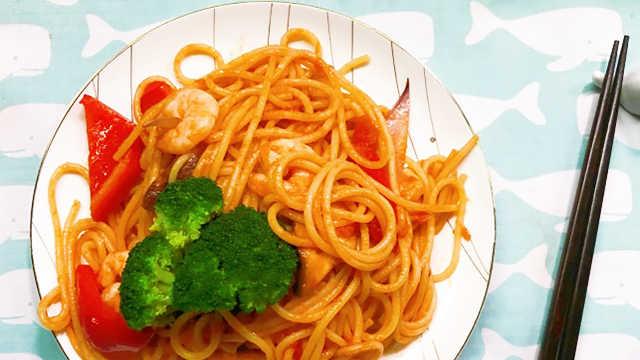 番茄虾仁意面,酸甜鲜美超过瘾!
