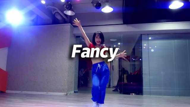 YUNA翻跳TWICE《FANCY》