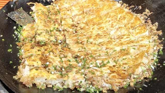 荆州三鲜豆皮,让人上瘾的糯米饭